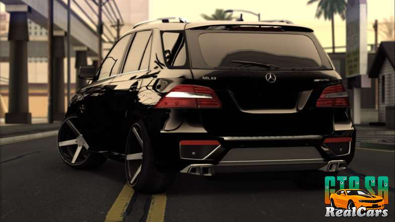 Mercedes-Benz ML63 AMG rear left view